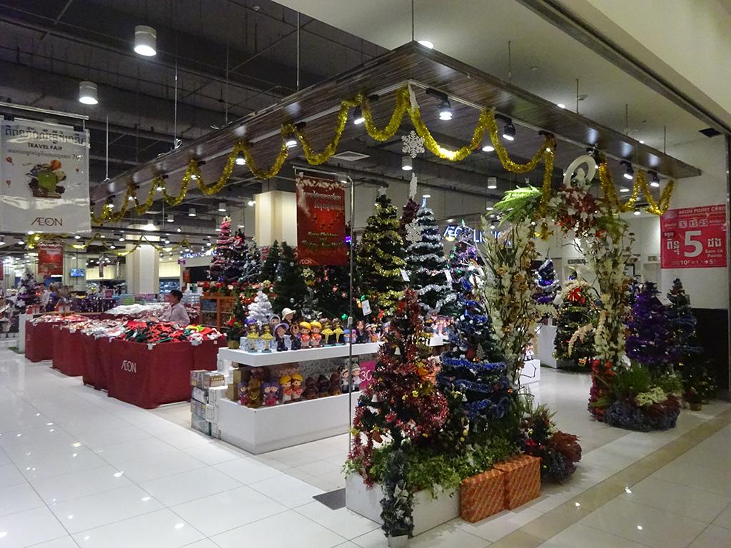 イオンモール再び!カンボジアでもクリスマスシーズンです!